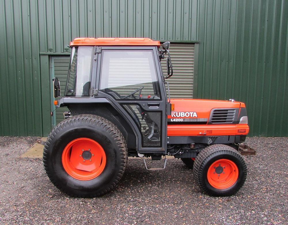 kubota l4200 sold