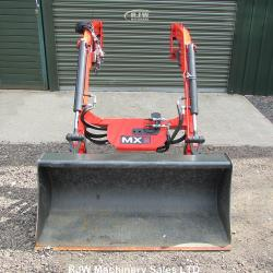 MX C3 Front loader and bucket