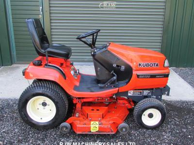 Kubota G2160 was £4,000 NOW £3,250 SOLD